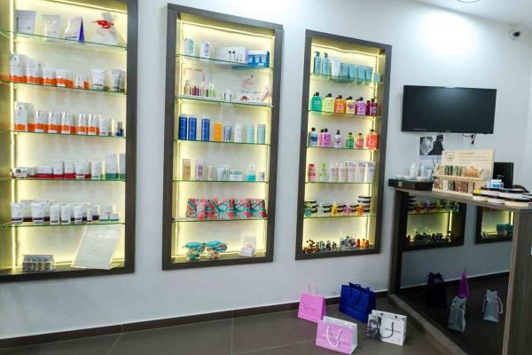 11-ioannou-cosmeticsB293DA9D-A1A2-4986-014C-11C0D4FFF967.jpg